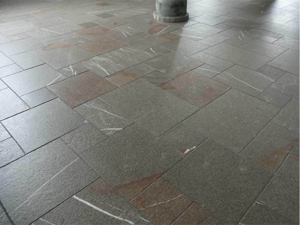 pavimento-in-pietra-naturale-trattato-con-linfocot-e-sintesi 3p