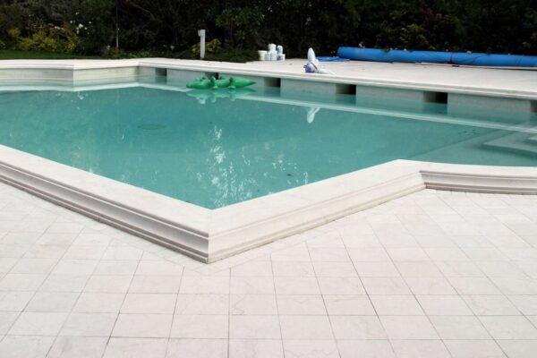 pavimento-esterno-in-marmo-trattato-con-follet-c-e-krypto-h6-600x400