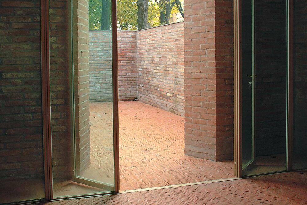 pavimento-e-terrazzo-esterno-in-cotto-trattato-con-kripton-hs